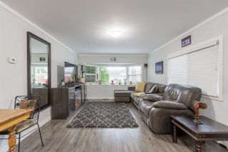 """Photo 10: 74 1840 160 Street in Surrey: King George Corridor Manufactured Home for sale in """"Breakaway Bays"""" (South Surrey White Rock)  : MLS®# R2431476"""