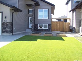 Photo 3: 126 Kloppenburg Crescent in Saskatoon: Evergreen Residential for sale : MLS®# SK851329