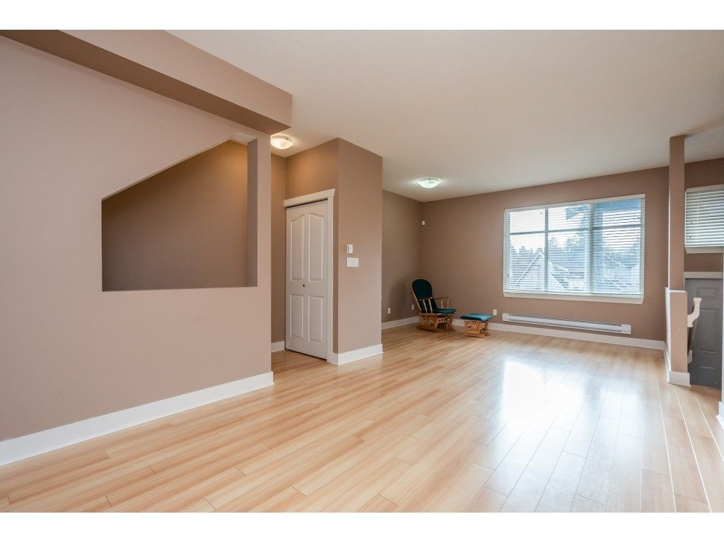 """Photo 10: Photos: 57 13899 LAUREL Drive in Surrey: Whalley Townhouse for sale in """"Emerald Gardens"""" (North Surrey)  : MLS®# R2527402"""