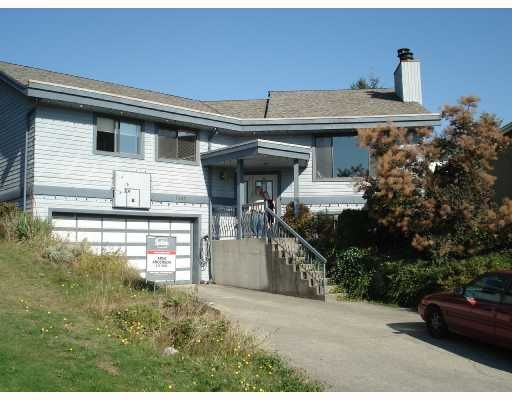 """Main Photo: 3157 GAMBIER Avenue in Coquitlam: New Horizons House for sale in """"NEW HORIZON"""" : MLS®# V736210"""