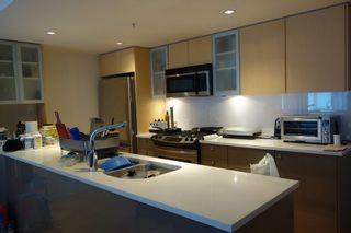 Photo 3: 7009 8080 GRANVILLE AVENUE in Richmond: Home for sale : MLS®# R2113837
