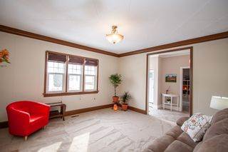 Photo 2: 810 Valour Road in Winnipeg: West End Residential for sale (5C)  : MLS®# 1905814
