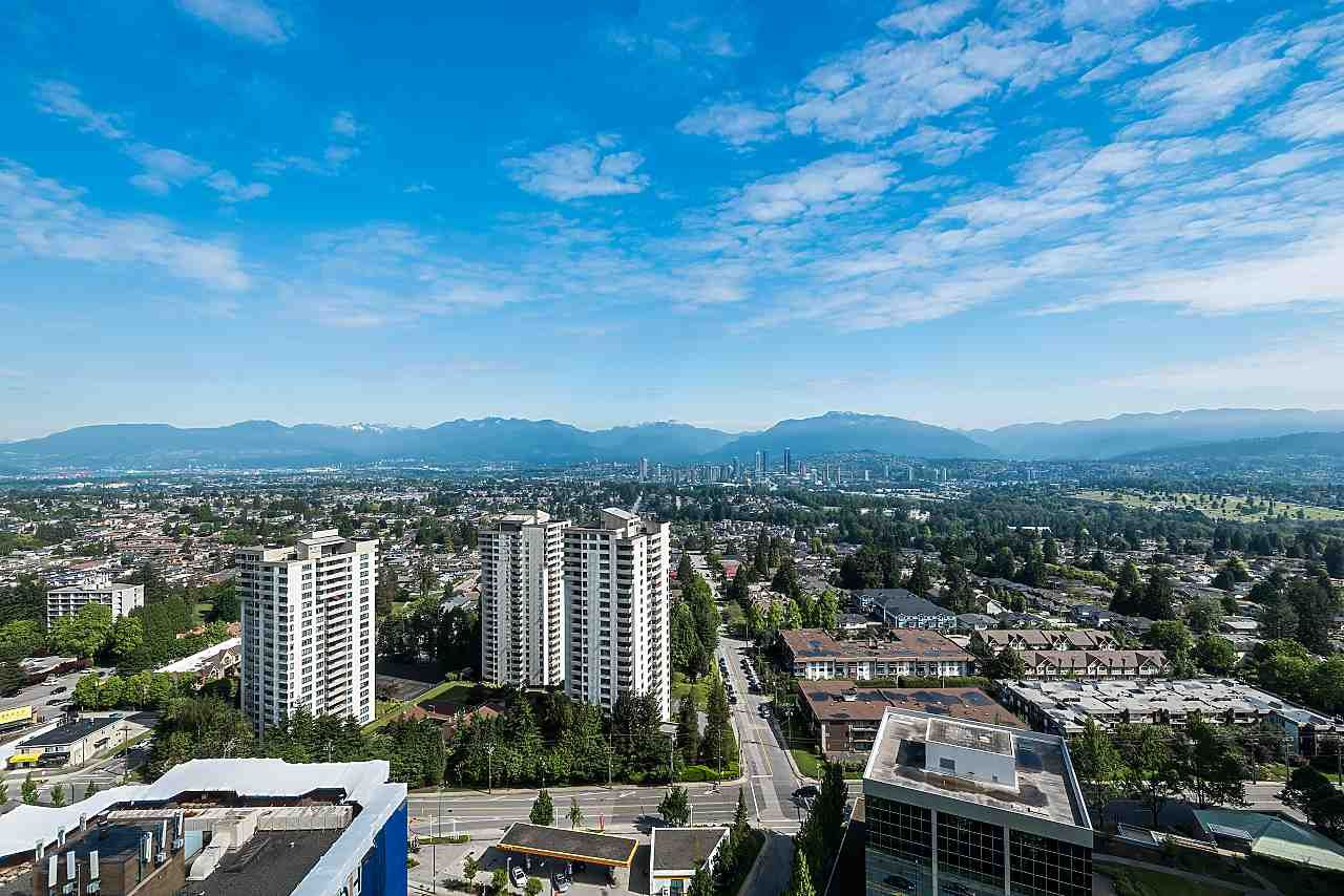 """Main Photo: 3101 5883 BARKER Avenue in Burnaby: Metrotown Condo for sale in """"ALDYNNE ON THE PARK"""" (Burnaby South)  : MLS®# R2372659"""