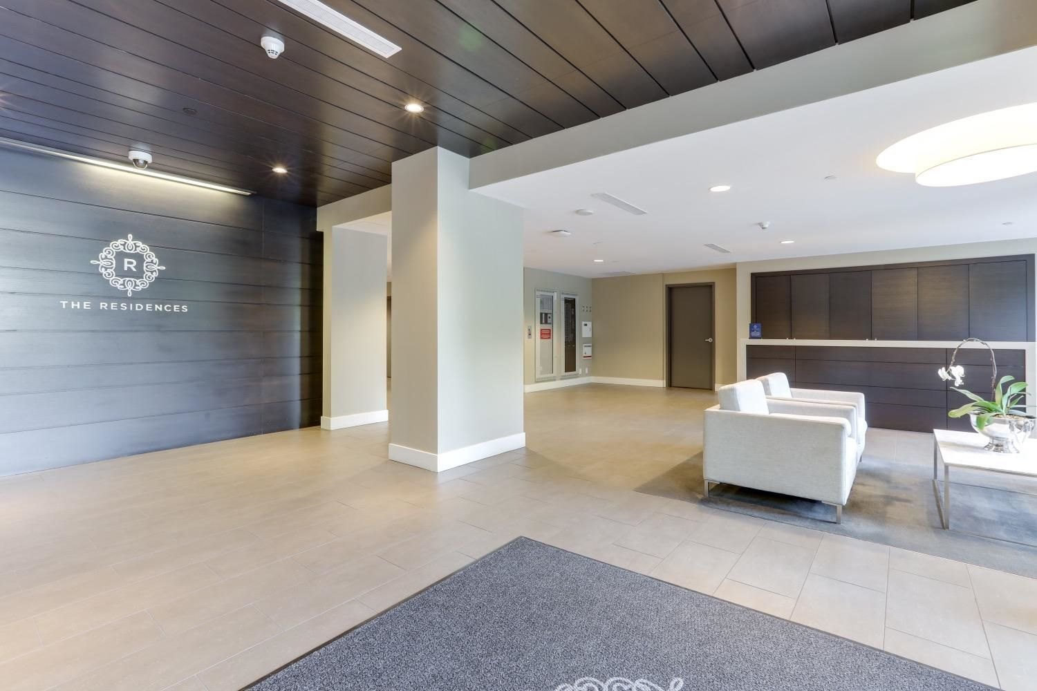 """Main Photo: 1707 301 CAPILANO Road in Port Moody: Port Moody Centre Condo for sale in """"THE RESIDENCES AT SUTER BROOK"""" : MLS®# R2624207"""