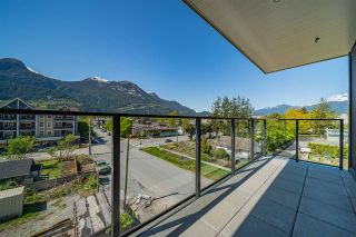 "Photo 2: 423 37881 CLEVELAND Avenue in Squamish: Downtown SQ Condo for sale in ""THE MAIN"" : MLS®# R2451024"