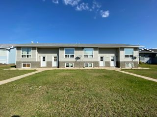 Photo 2: 4804 3 Avenue in Chauvin: Chavin Multifamily for sale (MD of Wainwright)  : MLS®# A1037058