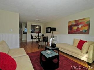 Photo 3: 9 10145 Third St in SIDNEY: Si Sidney North-East Row/Townhouse for sale (Sidney)  : MLS®# 534132