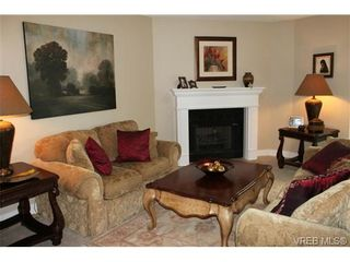 Photo 3: 402 150 W Gorge Rd in VICTORIA: SW Gorge Condo for sale (Saanich West)  : MLS®# 719998
