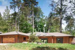 Photo 3: 122 Menhinick Dr in SALT SPRING ISLAND: GI Salt Spring House for sale (Gulf Islands)  : MLS®# 787671