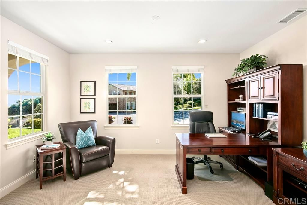 Photo 15: Photos: CARLSBAD SOUTH House for sale : 5 bedrooms : 6928 Sitio Cordero in Carlsbad