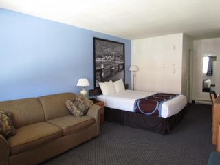 Photo 15: Exclusive Hotel/Motel with property in BC: Business with Property for sale