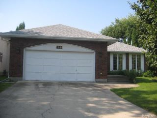 Photo 2: 422 Bonner Avenue in WINNIPEG: North Kildonan Residential for sale (North East Winnipeg)  : MLS®# 1529206