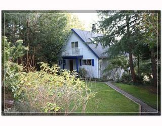 Photo 1: 7533 SECHELT INLET Road in Sechelt: Sechelt District House for sale (Sunshine Coast)  : MLS®# V813218