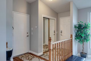 Photo 5: 53 Wood Valley Road SW in Calgary: Woodbine Detached for sale : MLS®# A1111055
