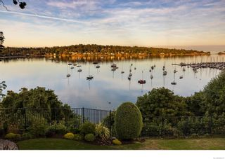 Photo 60: 3555 Beach Dr in Oak Bay: OB Uplands House for sale : MLS®# 886317