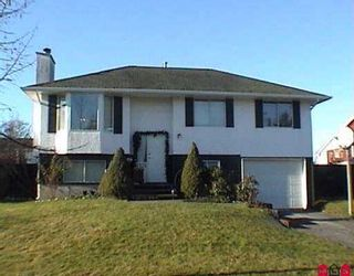 """Photo 1: 6315 CHARBRAY PL in Surrey: Cloverdale BC House for sale in """"Cloverdale"""" (Cloverdale)  : MLS®# F2526818"""
