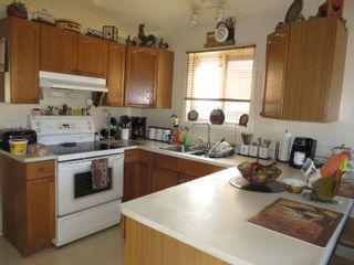Photo 11: 16220 92 Street in Edmonton: Zone 28 House for sale : MLS®# E4265661