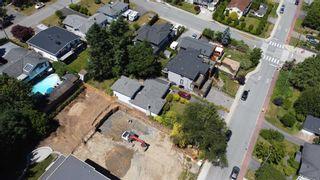 Photo 3: 1275 KENT Street: White Rock House for sale (South Surrey White Rock)  : MLS®# R2575494