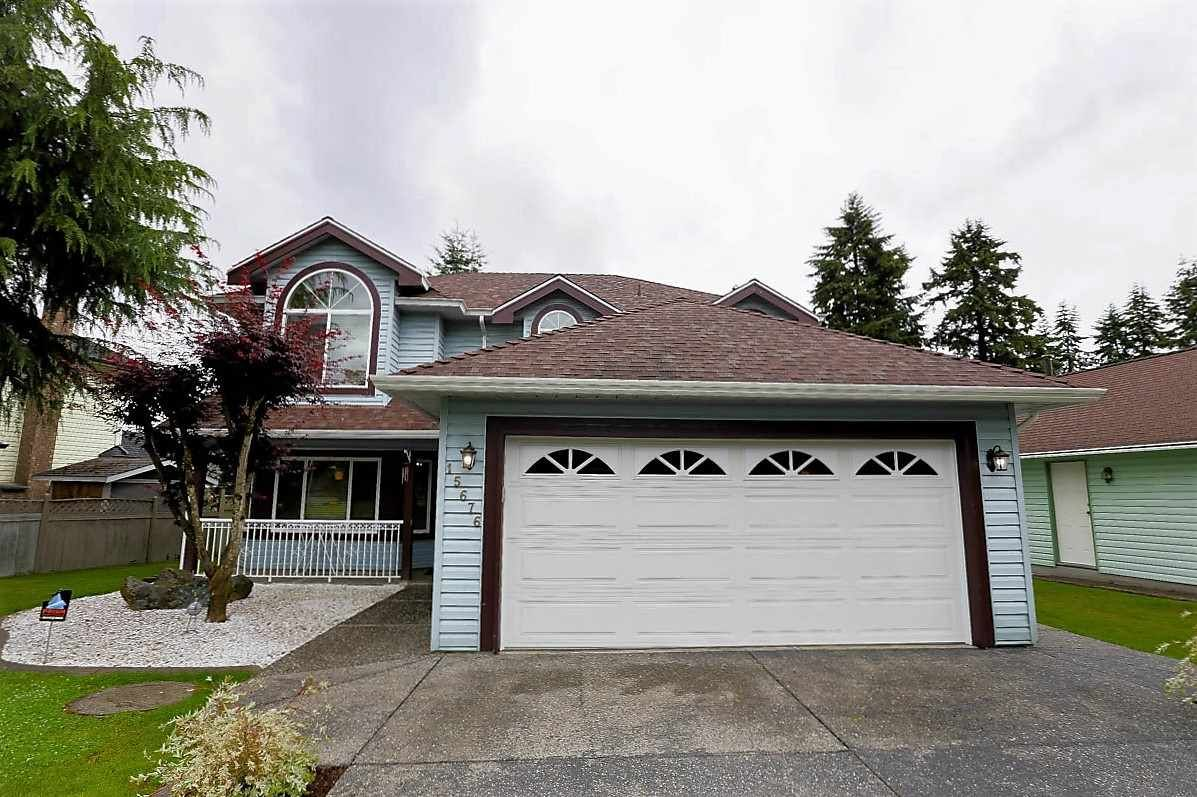 """Photo 2: Photos: 15676 84A Avenue in Surrey: Fleetwood Tynehead House for sale in """"FLEETWOOD"""" : MLS®# R2090516"""