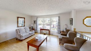 Photo 7: 38 Cloverleaf Drive in New Minas: 404-Kings County Residential for sale (Annapolis Valley)  : MLS®# 202122099