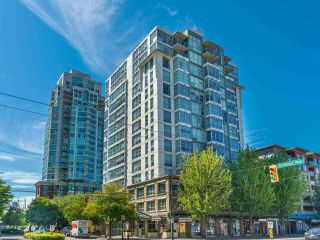 """Photo 2: 1301 189 NATIONAL Avenue in Vancouver: Downtown VE Condo for sale in """"SUSSEX"""" (Vancouver East)  : MLS®# R2590311"""