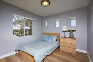 Photo 20: House for sale : 4 bedrooms : 7902 Vista Palma in Carlsbad