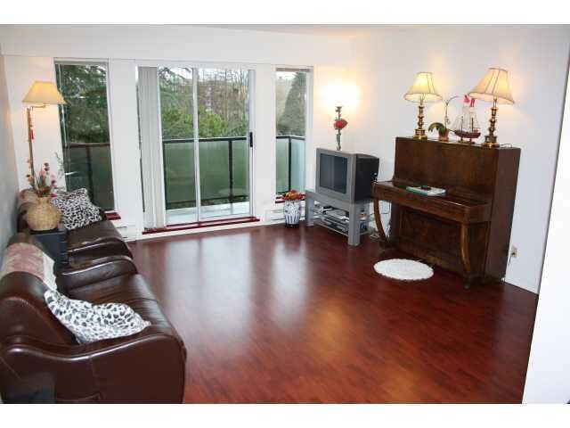 FEATURED LISTING: 7 - 25 Garden Drive Vancouver