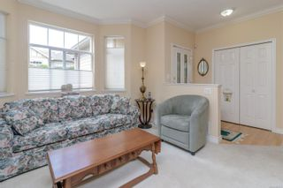 Photo 9: 23 1286 Tolmie Ave in : SE Cedar Hill Row/Townhouse for sale (Saanich East)  : MLS®# 882571