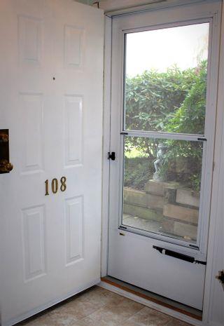 """Photo 5: 108 4955 RIVER Road in Delta: Neilsen Grove Condo for sale in """"SHORE WALK"""" (Ladner)  : MLS®# R2118758"""