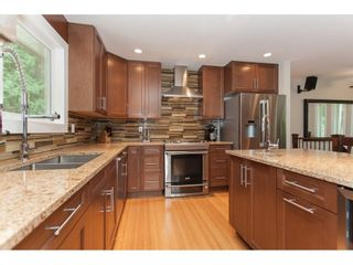 """Photo 11: 19720 41A Avenue in Langley: Brookswood Langley House for sale in """"BROOKSWOOD"""" : MLS®# R2157499"""