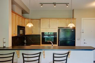 Photo 7: 221 3111 34 Avenue NW in Calgary: Varsity Apartment for sale : MLS®# A1054495