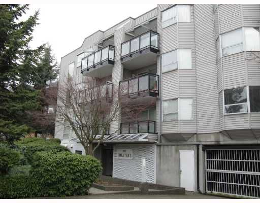 """Main Photo: 305 1550 CHESTERFIELD Avenue in North_Vancouver: Central Lonsdale Condo for sale in """"THE CHESTERS"""" (North Vancouver)  : MLS®# V694298"""