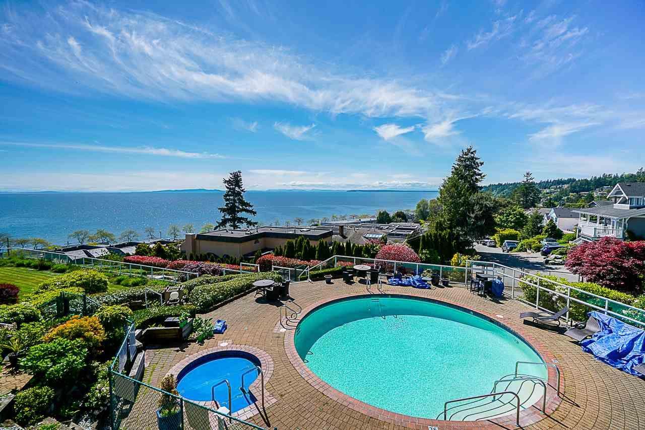 """Main Photo: 304 15025 VICTORIA Avenue: White Rock Condo for sale in """"Victoria Terrace"""" (South Surrey White Rock)  : MLS®# R2560643"""
