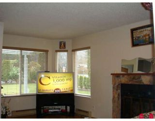 Photo 2: 12523 77A Avenue in Surrey: West Newton House for sale : MLS®# F2804225