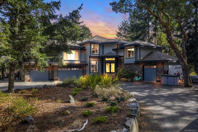 FEATURED LISTING: 1219 Millstream Rd