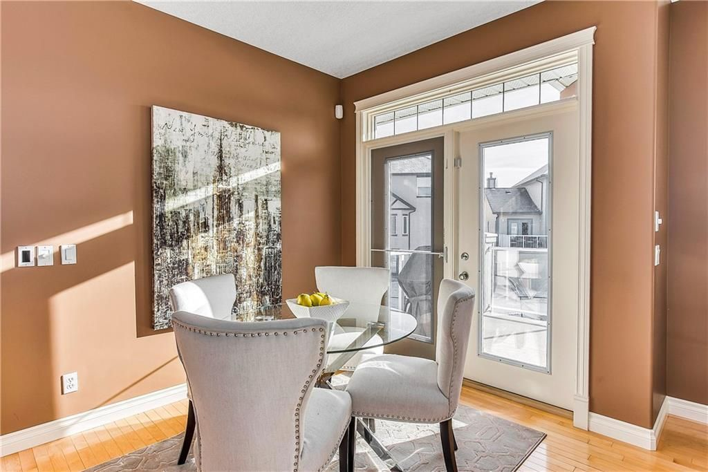 Photo 17: Photos: 73 DISCOVERY WOODS Villa SW in Calgary: Discovery Ridge Semi Detached for sale : MLS®# C4218779