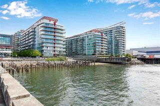 """Photo 14: 311 175 VICTORY SHIP Way in North Vancouver: Lower Lonsdale Condo for sale in """"CASCADE AT THE PIER"""" : MLS®# R2575296"""