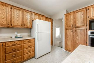 Photo 12: 2426 Clarence Avenue South in Saskatoon: Avalon Residential for sale : MLS®# SK858910
