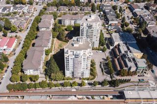 """Photo 16: 309 3455 ASCOT Place in Vancouver: Collingwood VE Condo for sale in """"QUEEN'S COURT"""" (Vancouver East)  : MLS®# R2613257"""