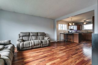 Photo 2: 4763 Rundlewood Drive NE in Calgary: Rundle Detached for sale : MLS®# A1107417