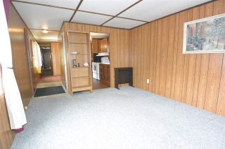 """Photo 6: 21 95 LAIDLAW Road in Smithers: Smithers - Rural Manufactured Home for sale in """"MOUNTAIN VIEW MOBILE HOME PARK"""" (Smithers And Area (Zone 54))  : MLS®# R2256996"""