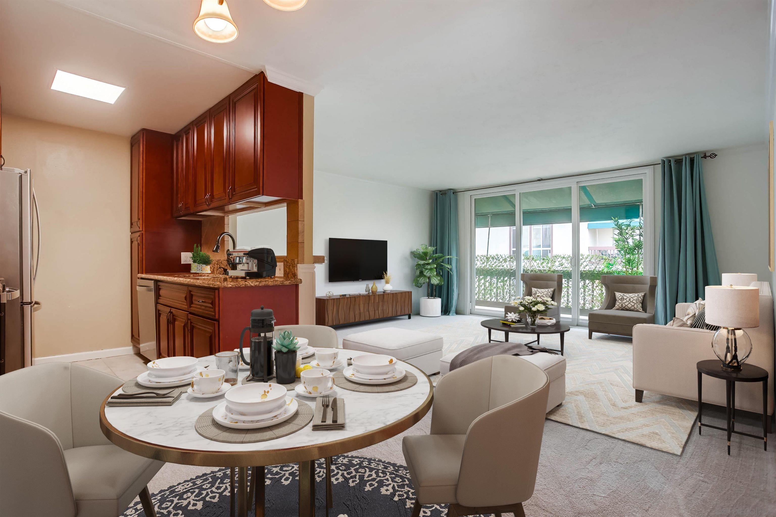 Main Photo: LA JOLLA Condo for sale : 1 bedrooms : 6455 La Jolla Blvd #354