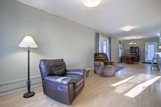 Photo 12: 915 4 Street NE in Calgary: Renfrew Detached for sale : MLS®# A1142929