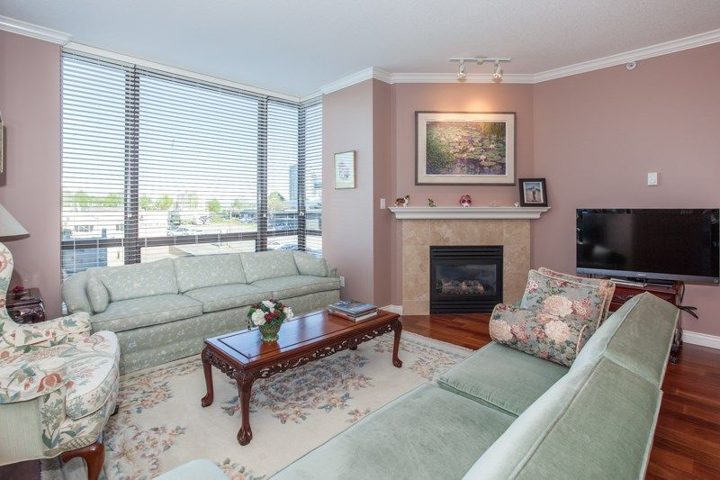 """Photo 5: Photos: 306 1551 FOSTER Street: White Rock Condo for sale in """"Sussex House"""" (South Surrey White Rock)  : MLS®# R2170329"""