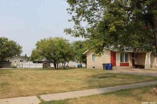 Photo 3: 411 3rd Street East in Wilkie: Residential for sale : MLS®# SK865543