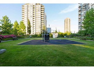 """Photo 20: 401 4182 DAWSON Street in Burnaby: Brentwood Park Condo for sale in """"TANDEM 3"""" (Burnaby North)  : MLS®# R2193925"""