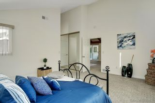 Photo 15: UNIVERSITY CITY House for sale : 4 bedrooms : 3985 Calgary Avenue in San Diego