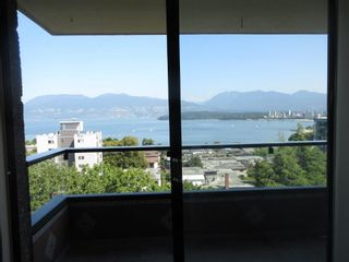 """Photo 2: 906 2370 W 2ND Avenue in Vancouver: Kitsilano Condo for sale in """"Century House"""" (Vancouver West)  : MLS®# R2601938"""
