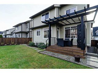 """Photo 18: 17279 0A Avenue in Surrey: Pacific Douglas House for sale in """"SUMMERFIELD"""" (South Surrey White Rock)  : MLS®# F1430359"""
