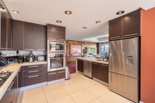 """Photo 12: 8561 SEASCAPE Lane in West Vancouver: Howe Sound Townhouse for sale in """"Seascapes"""" : MLS®# R2533787"""